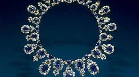 Next Stop on the National Gem Gallery Virtual Tour Is the 'Hall Sapphire Necklace'