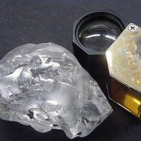 Lesotho's Latest Colossal Gem-Quality Diamond Weighs in at 442 Carats